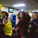 Luiza_manifestando_contra_assessores_do_Ricardo_Nunes1