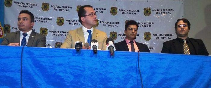 Delegados explicaram operação realizada em Alagoas   (Crédito: TNH1 / Erik Maia)